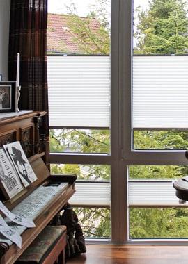 sonnenschutz innen und au enliegender sonnenschutz f r balkone terrassen g rten wohnungen. Black Bedroom Furniture Sets. Home Design Ideas